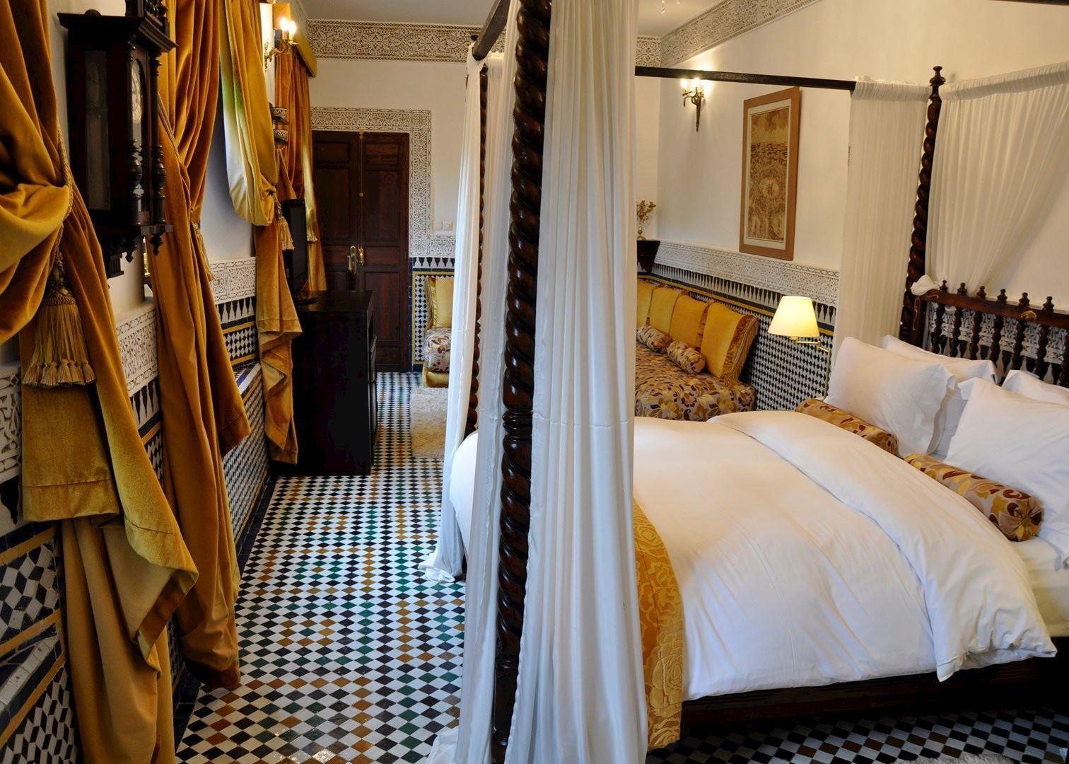 Riad Maison Bleue and Spa